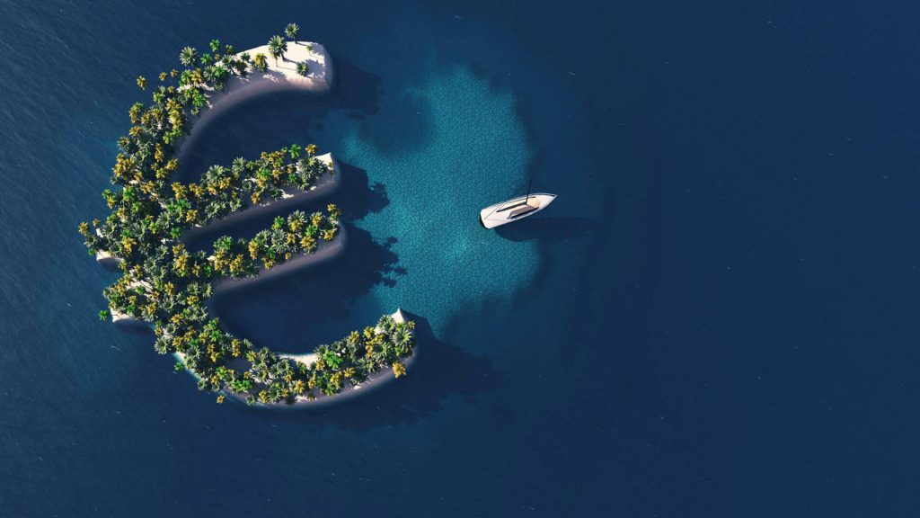 Es una practica habitual que personas físicas establezcan su residencia en estos paraísos y empresas se registren en los mismos para pagar menos impuestos